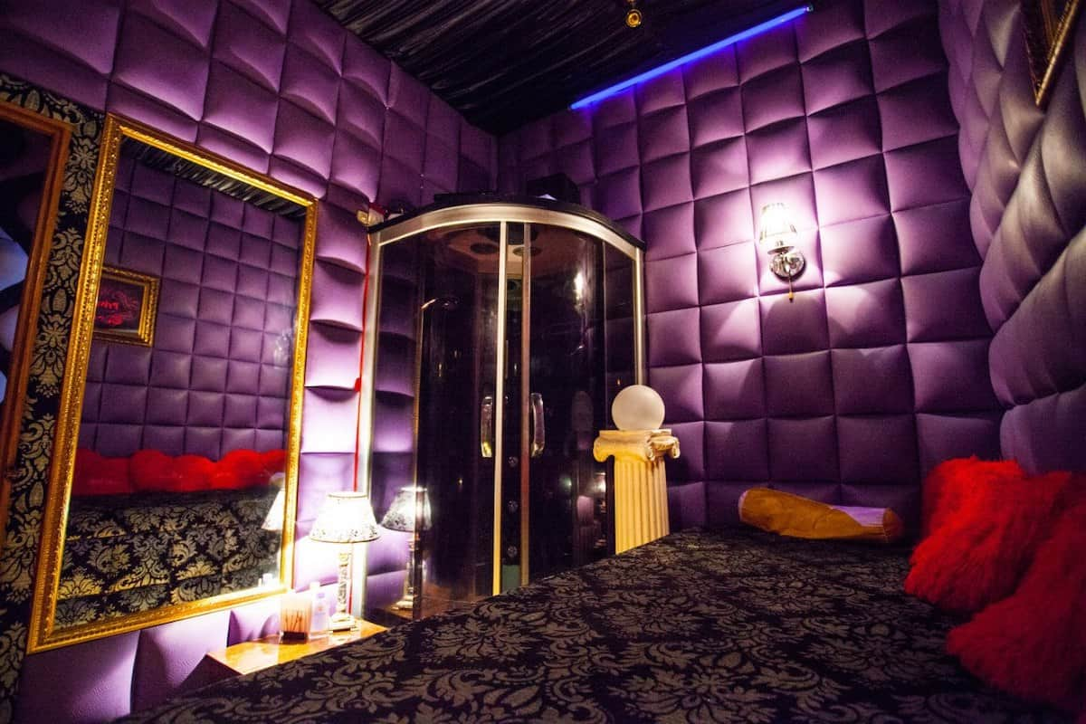 Стрептиз вип в ночном клубе официальный сайт клуба рай москва